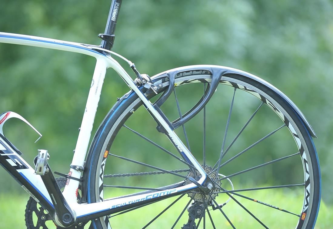 Guide: Valg af skærme og skærmsæt til racercykel - BikeGeek.dk